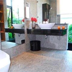Отель Baan Bua Nai Harn 3 bedrooms Villa ванная