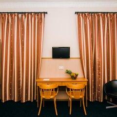 Гостиница Стасов 3* Стандартный семейный номер с двуспальной кроватью (общая ванная комната) фото 12
