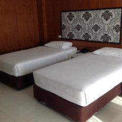 Отель Marsi Pattaya Стандартный номер с 2 отдельными кроватями фото 8
