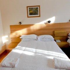 Отель The Victorian House 2* Стандартный семейный номер с различными типами кроватей фото 7