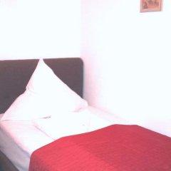 Hotel Bellevue am Kurfürstendamm 3* Стандартный номер с двуспальной кроватью фото 10