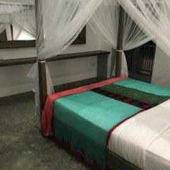 Отель Parawa House сейф в номере