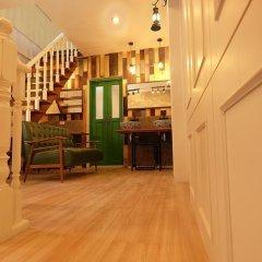 Ratana Boutique Hostel Кровать в общем номере с двухъярусной кроватью фото 3