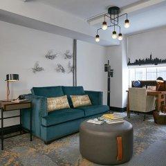 The Renwick Hotel New York City, Curio Collection by Hilton 4* Улучшенный люкс с различными типами кроватей фото 7