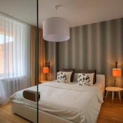 Апартаменты Rybna 9 Apartments комната для гостей фото 2