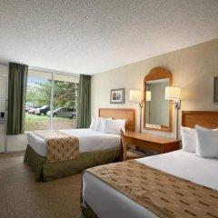 Отель Days Inn by Wyndham Frederick 2* Стандартный номер с различными типами кроватей фото 3