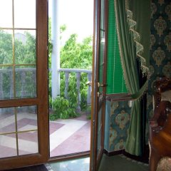 Отель Guest House on ul Davidashen 10 балкон