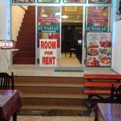 Отель Sun Shay Guest House Pattaya Номер категории Эконом с различными типами кроватей фото 9