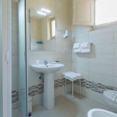 Hotel D'Azeglio 2* Номер Комфорт с различными типами кроватей