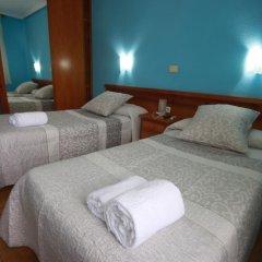 Отель Hostal Sanpatiel комната для гостей фото 4