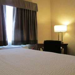 Отель Days Inn & Suites by Wyndham Brooks комната для гостей фото 5