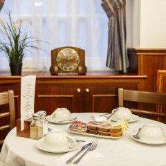 Отель Regency House в номере