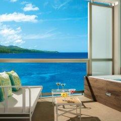Отель Breathless Montego Bay - Adults Only - All Inclusive Ямайка, Монтего-Бей - отзывы, цены и фото номеров - забронировать отель Breathless Montego Bay - Adults Only - All Inclusive онлайн балкон