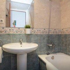 Отель Roger De Lluria Барселона ванная