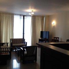 Отель Crescat Residencies Apartments Шри-Ланка, Коломбо - отзывы, цены и фото номеров - забронировать отель Crescat Residencies Apartments онлайн комната для гостей фото 2