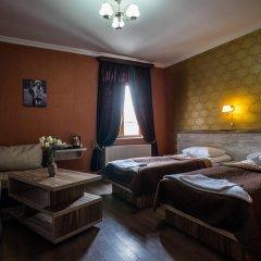 Hotel Tiflis 3* Стандартный номер с 2 отдельными кроватями фото 2