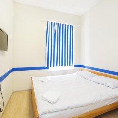 Мини-Отель Компас Стандартный номер с двуспальной кроватью (общая ванная комната) фото 16