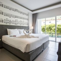Отель The Melody Phuket 4* Номер Делюкс с двуспальной кроватью фото 6
