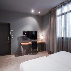 Отель Petit Palace Tres Cruces удобства в номере
