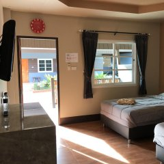 Отель Benwadee Resort 2* Номер категории Эконом с различными типами кроватей фото 17