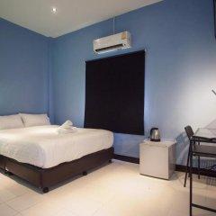 Отель The Mix Bangkok - Phrom Phong 3* Стандартный номер с различными типами кроватей фото 20