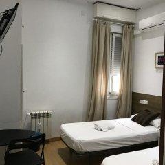 Отель Hotelo rooms Мадрид комната для гостей фото 3