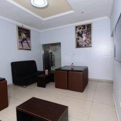 Отель Prenox Hotels And Suites удобства в номере фото 2