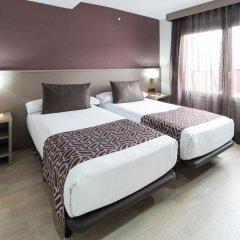 Отель Catalonia Park Güell 3* Номер категории Премиум с различными типами кроватей фото 14