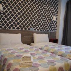 Отель Hostal Abril комната для гостей