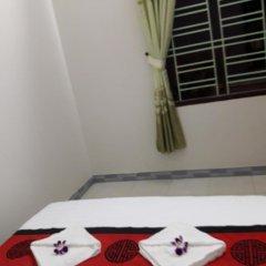 Отель Red Ceramics Homestay сейф в номере