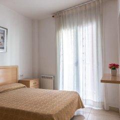 Отель Apartamentos Navas 2 Барселона комната для гостей фото 4