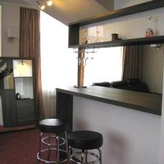 Гостиница Богемия на Вавилова 3* Люкс с двуспальной кроватью фото 17