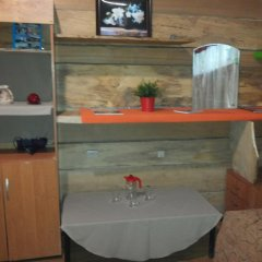 Гостиница 4 Peaks Guest House Бунгало с различными типами кроватей фото 5