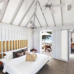 Отель The Surin Phuket 5* Люкс повышенной комфортности с двуспальной кроватью фото 12