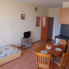Отель Studio Nessebar Fort Болгария, Солнечный берег - отзывы, цены и фото номеров - забронировать отель Studio Nessebar Fort онлайн комната для гостей