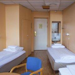 Отель Cochs Pensjonat 2* Стандартный номер с различными типами кроватей (общая ванная комната) фото 3