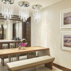 Отель Hilton Dubai Al Habtoor City Номер Делюкс с различными типами кроватей фото 2