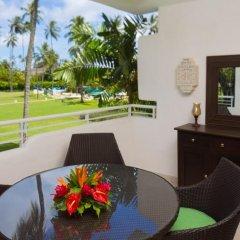 Отель Royal Glitter Bay Villas балкон