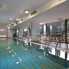 Club Hotel Yanakiev бассейн