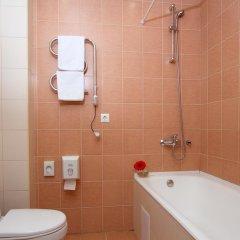 Гостиница Невский Бриз 3* Стандартный номер с разными типами кроватей фото 32