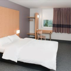 B&B Hotel Warszawa-Okęcie 2* Стандартный номер с различными типами кроватей фото 2