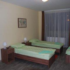 Отель Вояж 2* Кровать в общем номере фото 12