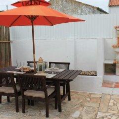 Отель Montejunto Villa питание