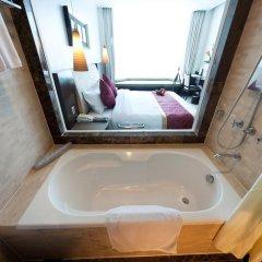 The Hanoi Club Hotel & Lake Palais Residences 4* Улучшенный номер двуспальная кровать фото 4