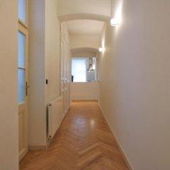 Отель Tyn Church Apartment Чехия, Прага - отзывы, цены и фото номеров - забронировать отель Tyn Church Apartment онлайн интерьер отеля