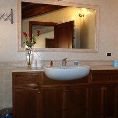 Отель Borgo Pio 91 5* Улучшенный номер с различными типами кроватей фото 3