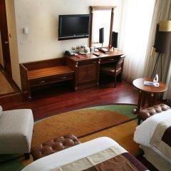Гостиница Crowne Plaza Minsk 5* Стандартный номер двуспальная кровать