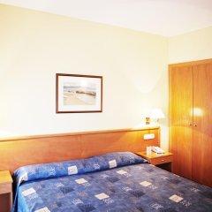 Отель RVHotels Nieves Mar 3* Улучшенный номер с двуспальной кроватью фото 5