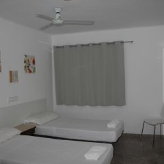 Отель Hostal Las Nieves Стандартный номер с 2 отдельными кроватями (общая ванная комната) фото 5