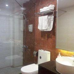 Отель Nanfang Dasha Hotel Китай, Гуанчжоу - 1 отзыв об отеле, цены и фото номеров - забронировать отель Nanfang Dasha Hotel онлайн ванная фото 2